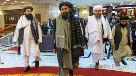 Əfqanıstan: Taliban lideri 10 il sonra Kabilə qayıdır
